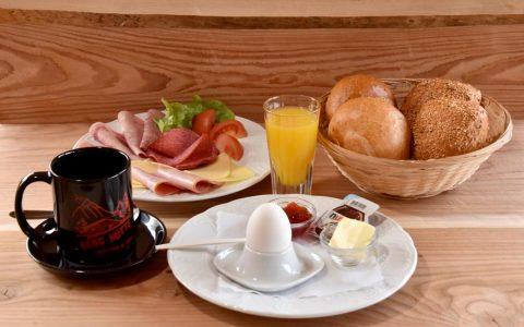 Frühstück großer Bär